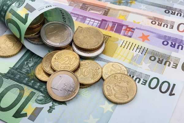 История валюты Испании: реал, эскудо, песета, евро