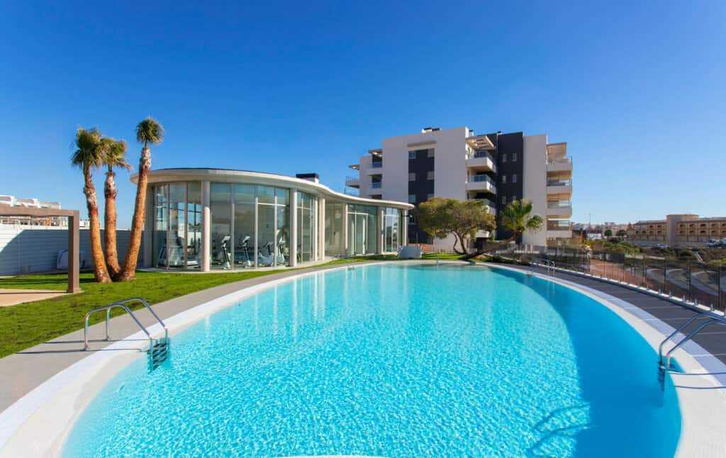 Недвижимость в испании до 30000 евро дубай приколы